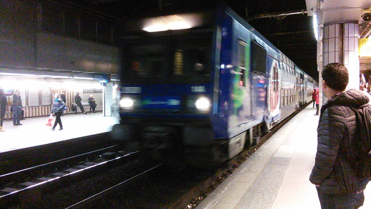 Paris Train